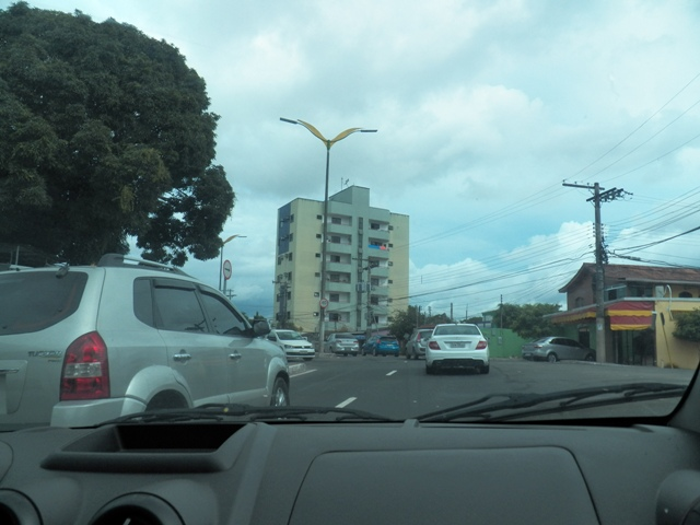"A shot of the Manaus traffic from inside of Micaella's car. In Manaus, the traffic can be hazardous, but my ""girlfriend"" is such a good driver."